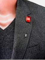 "Булавка в лацкан пиджака ""Red Stone"""