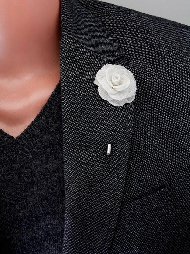 """Цветок в лацкан пиджака """"Big White"""""""